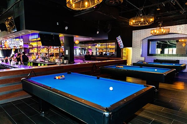 Black and Blue - Billiards
